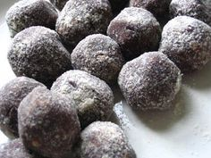 Peanut Butter Carob Balls | Lisas Kitchen | Vegetarian Recipes | Cooking Hints | Food & Nutrition Articles