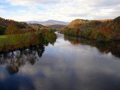 James River from the Blue Ridge Parkway... one of America's oldest & most beautiful scenic drives! CLICK for a full itinerary!