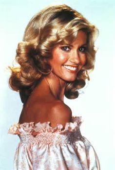 Olivia Newton John, beautiful lady and an amazing smile! #rebuildingmylife