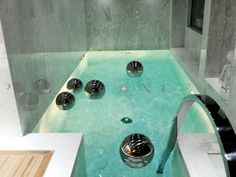 Freestanding Bathtub Remodel Source by sunrise_coops The post Bathtub Diy Projects appeared first on May Design School. Sunken Bathtub, Built In Bathtub, Big Bathtub, Bathtub Sizes, Jacuzzi, Freestanding Bathtub, Concrete Bathtub, Piscina Interior, Large Bathtubs