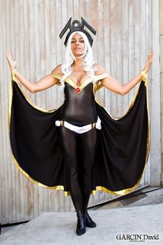 Character: Storm (Ororo Munroe) / From: MARVEL Comics 'The Uncanny X-Men' / Cosplayer: Unknown