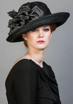 6ac012d6790fe Luxury fascinators and milineries Rachel Trevor-Morgan    Black Italian  straw hat with silk flower