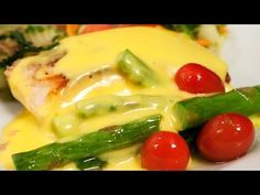 Here we discussed Hollandaise Sauce Preparation guide , Hollandaise Sauce Recipe , Storage & Calorie Info of Hollandaise also microwave Hollandaise recipe is detailed here. Sauces, Recipe For Hollandaise Sauce, Danish Food, Spicy Recipes, Gravy, Paleo, Meat, Chicken, Beautiful