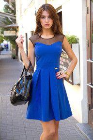 Rozkloszowana niebieska plisowana sukienka mini