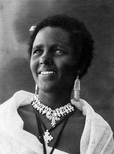 Africa | Abyssinian woman.  Somalia - Eritrea || Vintage photographic print; ca. 1936.