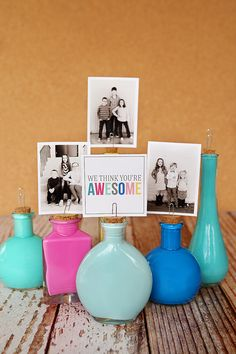 eighteen25: Painted Photo Bottles with free printable