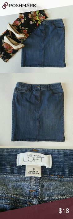 Ann Taylor LOFT Jean Skirt Ann Taylor LOFT Jean Skirt Pre owned Excellent condition  Button & zipper closure  Two pocket on front with coin pocket  Two back pockets  Slit on back  98& cotton 2% spandex LOFT Skirts Midi