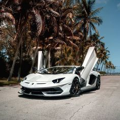 Turbocharge your Content and Rank Better by using Updated Searchable Stock Video… – beaux sport voitures Lamborghini Aventador, Ferrari, Argent Paypal, Car Magazine, Amazing Cars, Exotic Cars, Stock Video, Used Cars, Luxury Cars