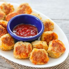 i am really hungry and these look so good. omg cauliflower tots.