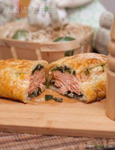Fagotto ripieno al salmone, porro e mozzarella, gustoso e delicato, leggi la ricetta su www.ilpepeverde.com