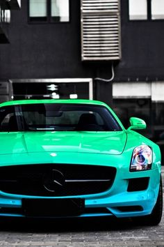 Visit The MACHINE Shop Café... ❤ The Best of Mercedes-Benz ❤ (Mercedes SLS AMG Gull-wing)