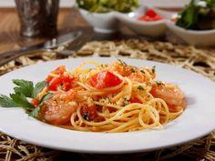 Gluten Free Living | Barilla Gluten Free Spaghetti with Shrimp, Tomatoes & Gluten Free Bread Crumbs