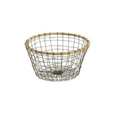 Woven wire and wicker bowl for stylish kitchen storage Store vegetables, fruit and eggs in this rustic wire Koba bowl. It has been woven together from recycled wire and finished with a raffia rim by a skilled artisan in India. Recycling metal has the additional benefit of using less energy and producing fewer emissions, compared with primary production. It is …