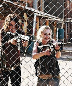 maggie and beth when Hershel Dies | Maggie and Beth - The Walking Dead Picture