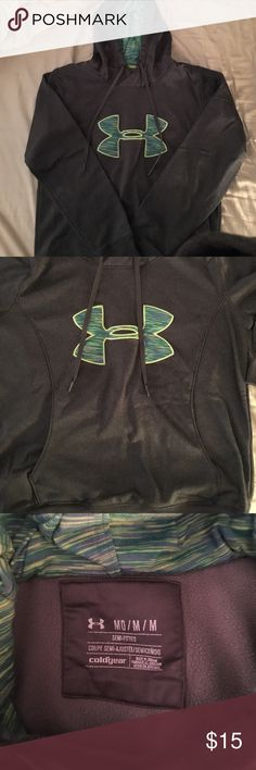 Under Armour cold gear hoodie-size Medium Grey hoodie Under Armour Tops Sweatshirts & Hoodies