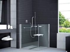 Dusche Behindertengerecht Rollstuhlgerecht Barrierefrei Bad Design Heizung Duschabtrennung Duschkabine Eckeinstieg Duschkabine