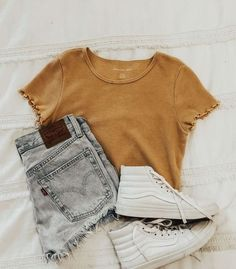 Casual School Outfits, Trendy Summer Outfits, Teenage Girl Outfits, Cute Comfy Outfits, Girls Fashion Clothes, Teen Fashion Outfits, Outfits For Teens, Stylish Outfits, Outfit Summer
