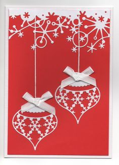 Hand made Christmas card using bauble and frosty border dies