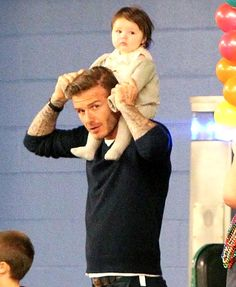 Harper Beckham, the adorable youngest child and only daughter to Victoria and David Beckham, is forever being cuddled and coddled by her dashing father. Here, her first two years with her proud pap… Vic Beckham, Harper Beckham, Bend It Like Beckham, David Beckham Family, David Beckham Style, Victoria And David, David And Victoria Beckham, Cute Baby Wallpaper, Mom Pictures