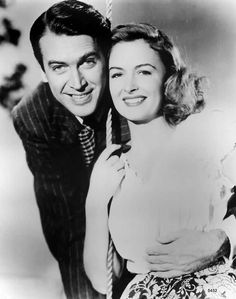 B'day celebrant Donna Reed with Jimmy Stewart in a publicity photo for the 1946 film It's A Wonderful Life Golden Age Of Hollywood, Hollywood Stars, Classic Hollywood, Old Hollywood, Hollywood Glamour, Hollywood Icons, Donna Reed, Classic Movie Stars, Classic Movies