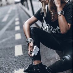 ZADIG LOVES - White  Rock'n'roll with #justrock by @mikutas #zadigetvoltaire #paris #zadigfragrances #fashionblogger