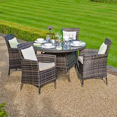 Zebrano - Amelia 4 Seat Outdoor Rattan Dining Set - 1.05m Round Table