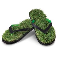 These are the flip-flops that create the sensation of walking on soft, green turf while strolling down Fifth Avenue. The flip-flops are lined with artificial turf that feels like freshly mowed Kentucky bluegrass. Crazy Shoes, Me Too Shoes, Going Barefoot, Peter Pan Collars, Hammacher Schlemmer, Cute Wedges, New Gadgets