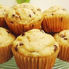 Banana Muffins with Chocolate Chips - going to try with 65g of stevia instead of sugar.