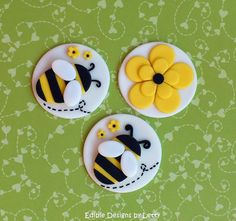 12 Edible Fondant Bumble Bee Cupcake Toppers - Bumble bee & flower via Etsy Fondant Cupcakes, Fondant Toppers, Cupcake Cookies, Pink Cupcakes, Cake Decorating Tips, Cookie Decorating, Bumble Bee Cupcakes, Bee Cakes, Flower Cupcakes