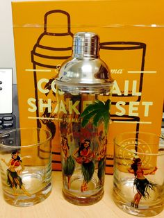 The glass shaker can break or shatter unexpectedly.