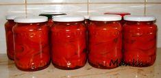 5 kg piros gogost (pritaminpaprikát) megmosok, megpucolok (mindeniket 4 darabba vágom).  -  2 liter víz -  0,5 liter ece...