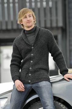 1011: Modell 23 Higgins jakke #strikk #knit #fjells Sweater Fashion, Men Sweater, Knit Sweaters, Country Wear, Shawl Cardigan, Pullover, Knitting Designs, Knit Patterns, Casual Wear
