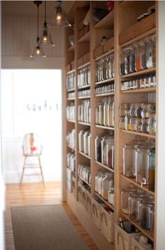 Food storage ideas - This is so nicely organized and just beautiful if you wanted to display things for easy access.
