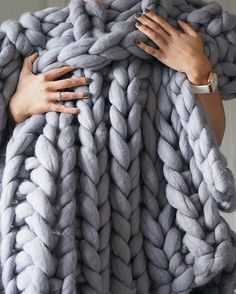 Can't go a week without posting a photo of this gorgeous throw. To all the negative Nancy's on Facebook threads saying it will fall apart after a day, well I've had this for over two months now and it still looks great  #chunkyknitblanket #throw #knit #cosy #laurenastondesigns #notonthehighstreet #lustliving