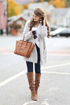 Outfits, winter wear, brown boots outfit winter, autumn winter fashion, f. Winter Fashion Casual, Autumn Winter Fashion, Casual Winter Outfits, Fall Outfits, Outfit Winter, Winter Wear, Jeans Marron, Look Fashion, Womens Fashion