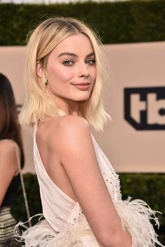 Margot Robbie in Miu Miu