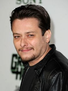 From Jake T. Austin to Ryan Lochte, 30 Hollywood male stars and celebrities you never knew were Latino. Edward Furlong, Edward Norton, Jake T, Xl Fashion, Hollywood, Actors, Guys, Celebrities, Image