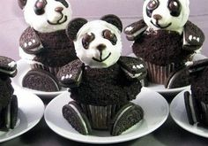 Really+Cool+Cupcakes | Panda Cupcake Design :) | LUUUX