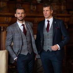 @whitfieldandward posted to Instagram: AUTUMN WINTER GROOM INSPIRATION- which is your favourite look - left or right?  If you're planning an Autumn/Winter wedding now is the time to come and see us! Call us on 01625 536545 to book ☎  Image @jonnydraperphotography Models @oli_the_choc @glennwilliams9083 ___________________________________________  #weddingsuit #menssuits #menstyleguide #groomstyle #gqstyle #dapperlydone #tailoredsuit #groominspiration #menslaw #weddinginspo #peakyblinde Tweed Wedding Suits, Gq Style, New Orleans Wedding, Mens Style Guide, Groom Style, Suit And Tie, Mens Suits, Suit Jacket, Mens Fashion