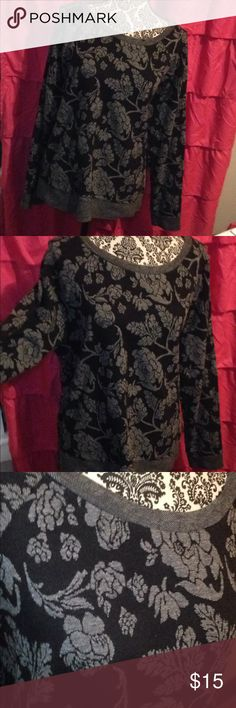 Old Navy grey+black floral gothic sweater 🌹💀 Well loved but still amazing condition! Really pretty rose and rose vine print. The sweater is a size XL or if you're smaller like me it also makes a cute oversized sweater! Old Navy Sweaters Crew & Scoop Necks