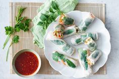 How do you cook coconut poached chicken rice paper rolls? get instruction detail. Our coconut poached chicken rice paper rolls are perfect for a healthy lunch or light dinner Chicken Vermicelli, Rice Vermicelli, Coconut Chicken, Canned Coconut Milk, Chicken Rice Paper Rolls, Chicken Breast Fillet, Poached Chicken, Sweet Chilli Sauce, Healthy Recipes