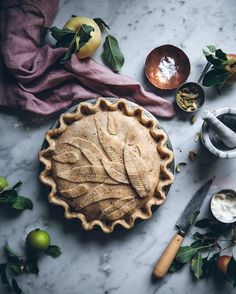 I made an apple+pear pie with a hazelnut crust ✨can't wait to taste it! Tart Recipes, Baking Recipes, Dessert Recipes, Apple Pear Pie, Thanksgiving Desserts, Thanksgiving Prayer, Thanksgiving 2020, Thanksgiving Outfit, Thanksgiving Crafts