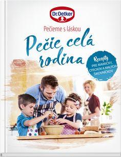 Pečie celá rodina snovou kuchárskou knihou, ktorá spája rodiny - Akčné mamy Panna Cotta, Place Cards, Place Card Holders