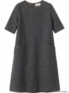 TOAST A-line dress with just above elbow-length sleeves and two slanted patch pockets, in a washed, weighty, Italian-woven wool. Simple Dresses, Casual Dresses, Casual Outfits, Fashion Dresses, Wool Dress, I Dress, Dress Long, Capsule Wardrobe, Diy Mode