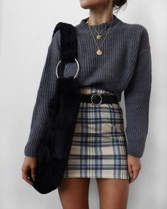 Back to School Outfits, niedliche Outfits, Schuloutfits, Herbstoutfits, Pullover - Outfit-Ideen - Damenmode Plaid Outfits, Casual Fall Outfits, Trendy Outfits, Hipster Outfits, Hipster Clothing, Fall Skirt Outfits, Checked Skirt Outfit, Mini Skirt Outfit Winter, Winter Outfits Tumblr