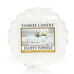 Fluffy Towels Yankee Candle Company Tarts® Wax Melts - The fresh scent of clean towels warm from the dryer with notes of lemon, apple, lavender and lily.