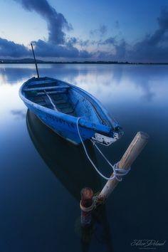 Soothing blue by JulienDelaval