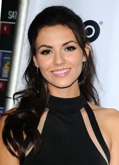 Victoria Justice attends the 'Naomi and Ely's No Kiss List' Premiere in Los Angeles