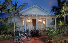 Surf shack dream home Beach Cottage Style, Coastal Cottage, Beach House Decor, Coastal Living, Coastal Decor, Coastal Style, House On The Beach, Key West Cottage, Venice Beach House