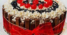 tort urodzinowy, tort na specjalne okazje, tort czekoladowo - kokosowy, tort z czekoladkami, tort z merci, tort w koronie, coconut chocolate layer cake, birthday cake
